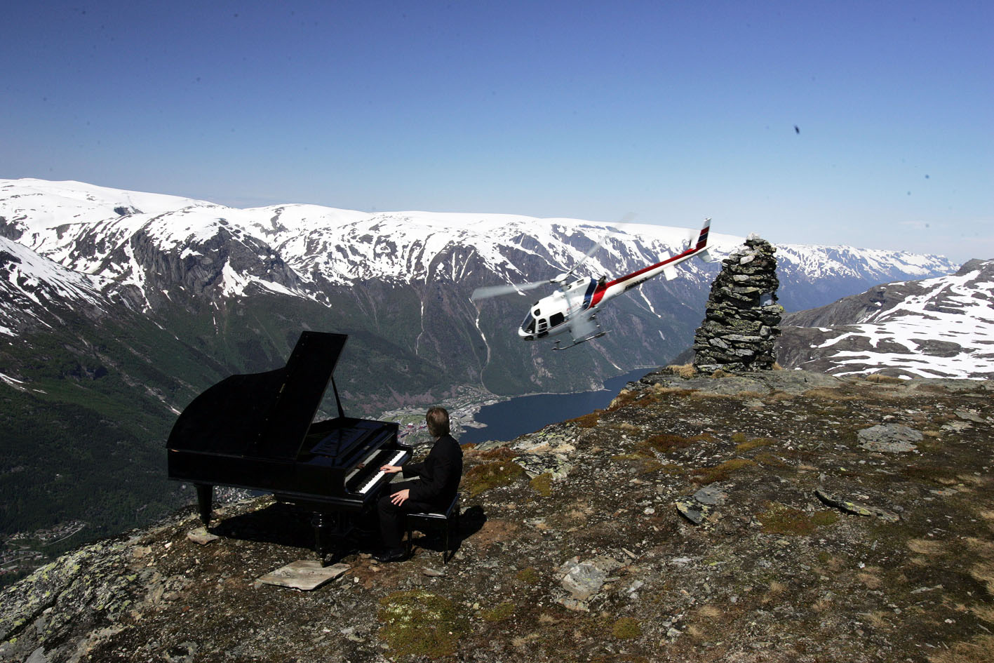 Leif Ove Andsnes in film from NRK, shooting atop Rossnos.  © Kai-Inge Melkeraaen