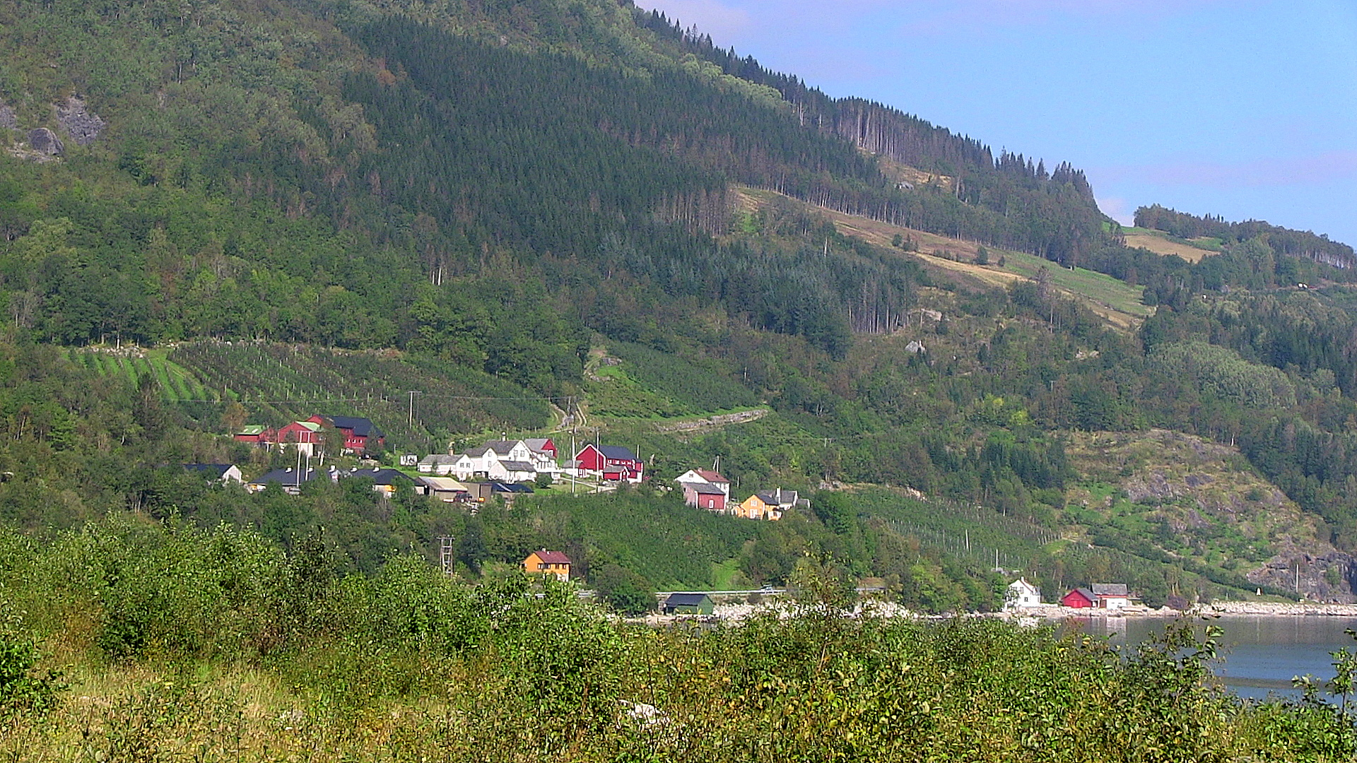 Velure as seen from the south. © Anne Gullbjørg Digranes