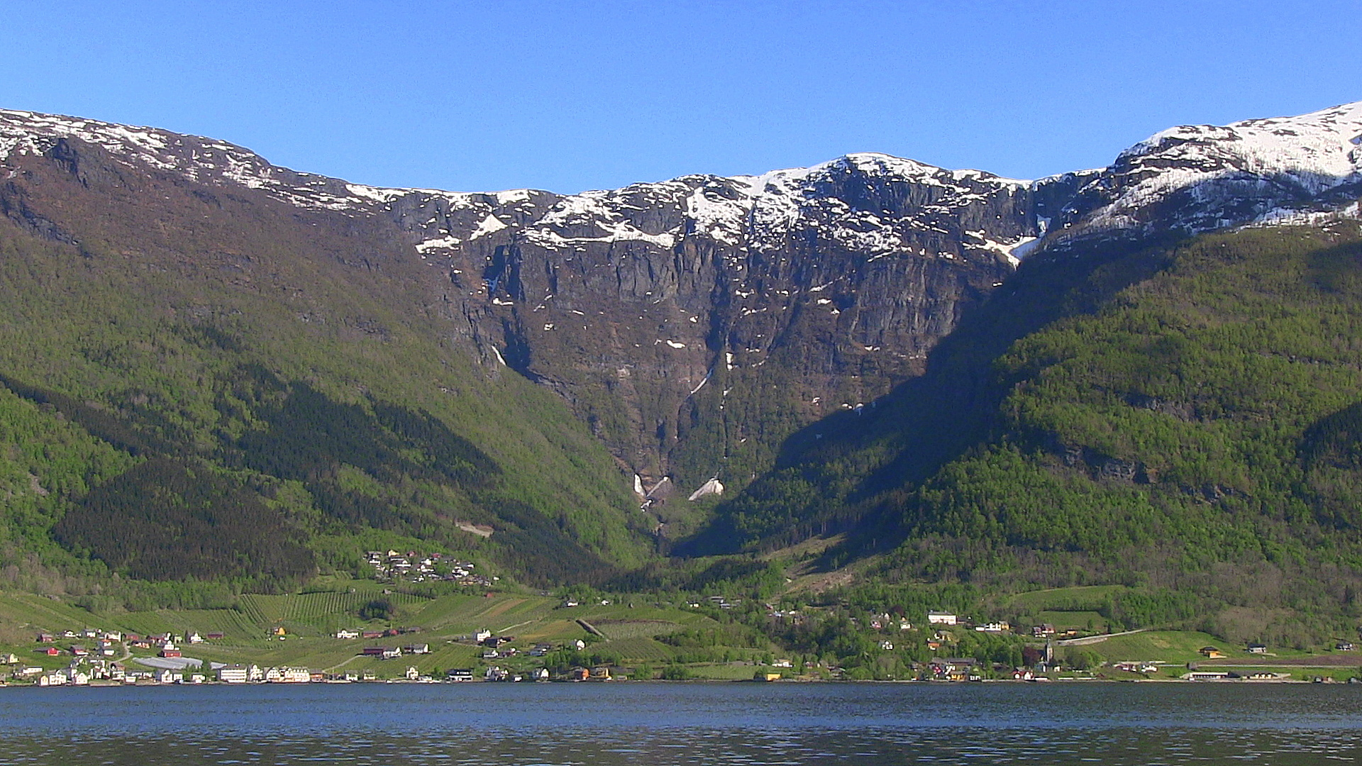 Lofthus as seen from Velure.  © Anne Gullbjørg Digranes
