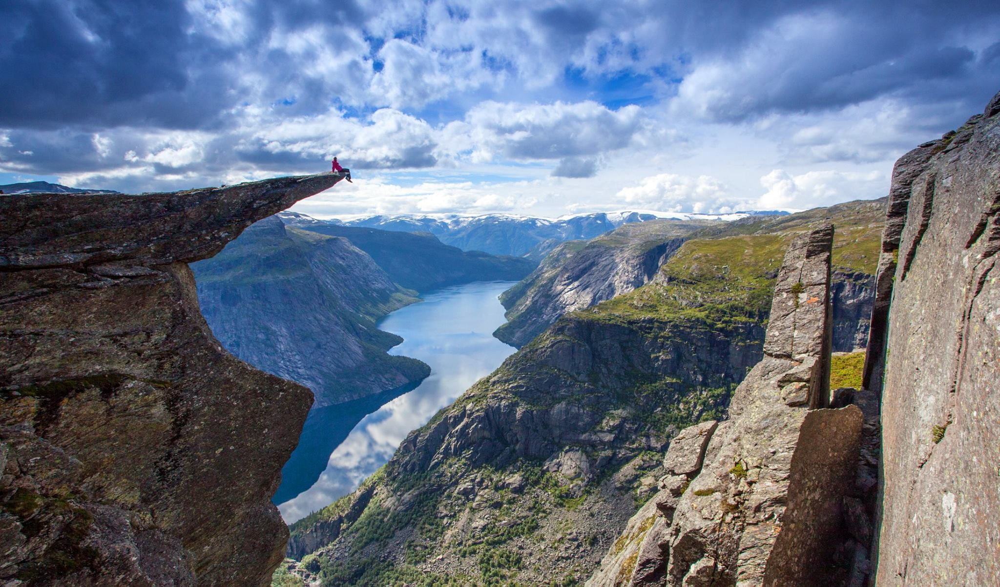 Trolltunga.  © Fjord Norway/Photo: Scott Sporleder